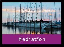 Segelschiffe in der Dämmerung. Der Link des Bildes führt zum Bereich Mediation.